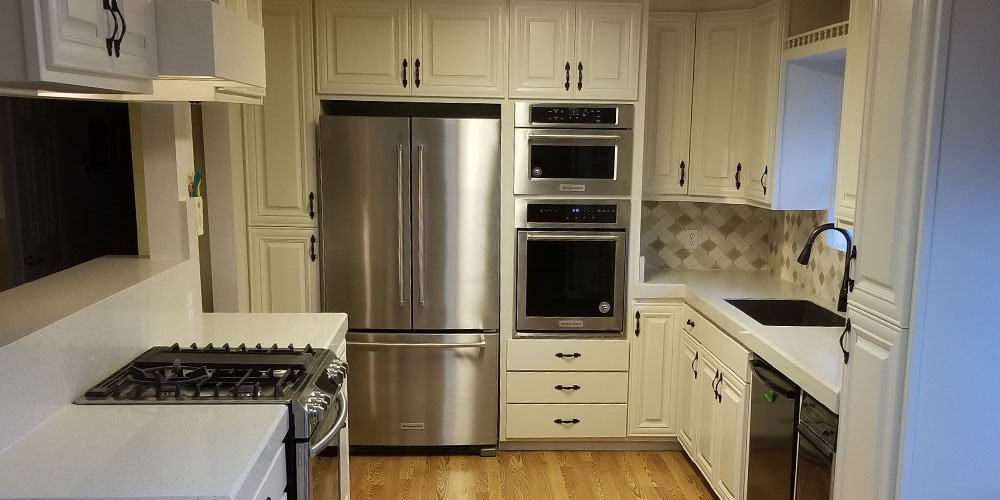 Santa Rosa kitchen remodel featuring white kitchen cabinets and countertops