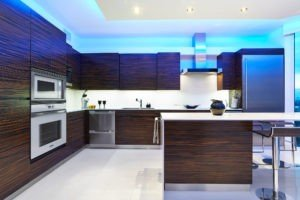 Modern kitchen with Polar Ice countertops and backsplash from Granite Transformations/Trend.