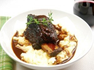 Recipe of the Month: Braised Short Ribs with Mashed Potatoes