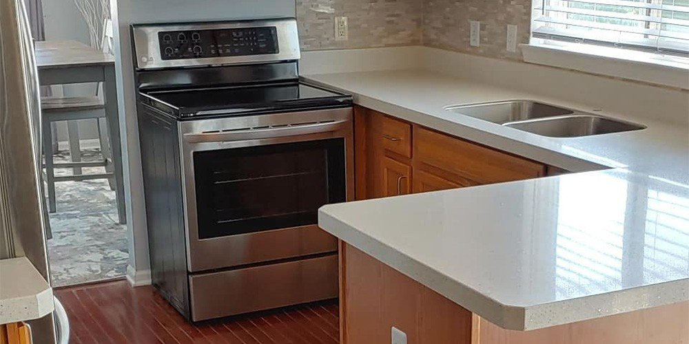 white quartz countertops installation in farmington hills kitchen