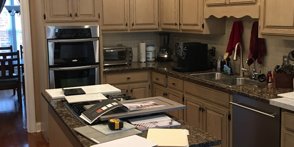 a santa rosa kitchen before being remodeled