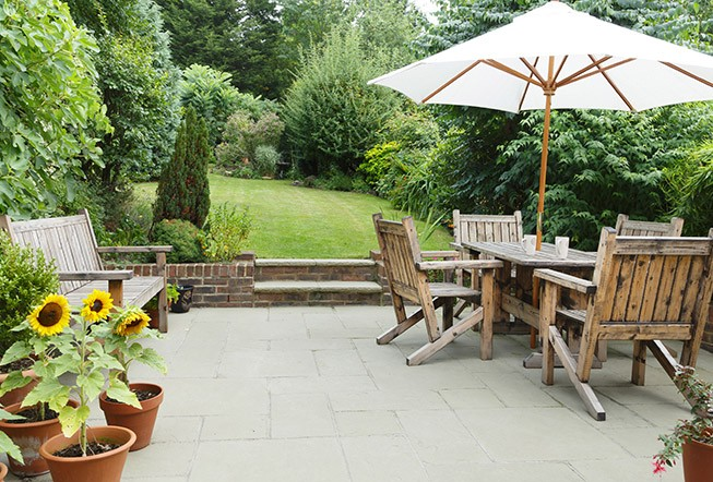 Traditional style backyard