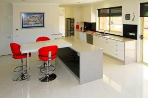 GT Contemporary Kitchen with Red Bar Stool Chairs