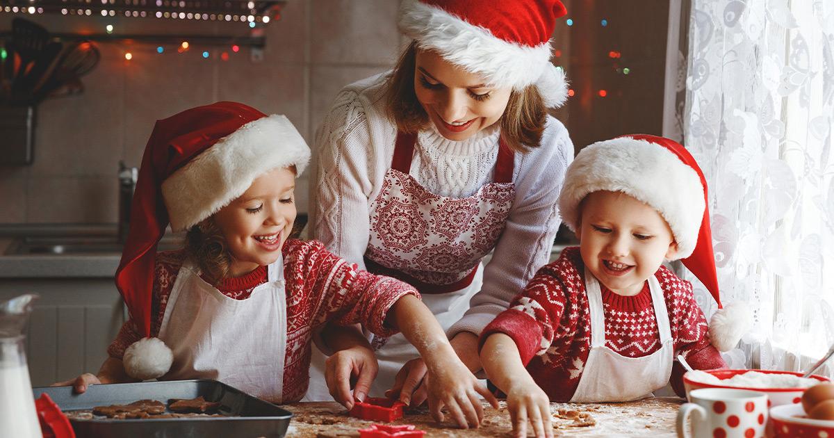Homemade Holiday—Treats and Family-Friendly DIY Crafts